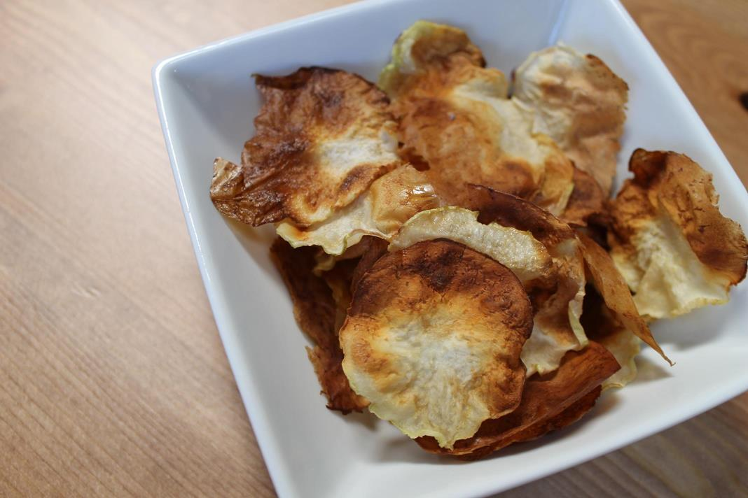 kohlrabi chips recipe :: story of a kitchen | story of a kitchen